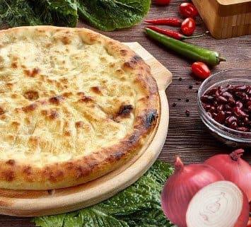 Осетинские пироги c луком и фасолью