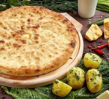 Осетинские пироги c сыром и картофелем